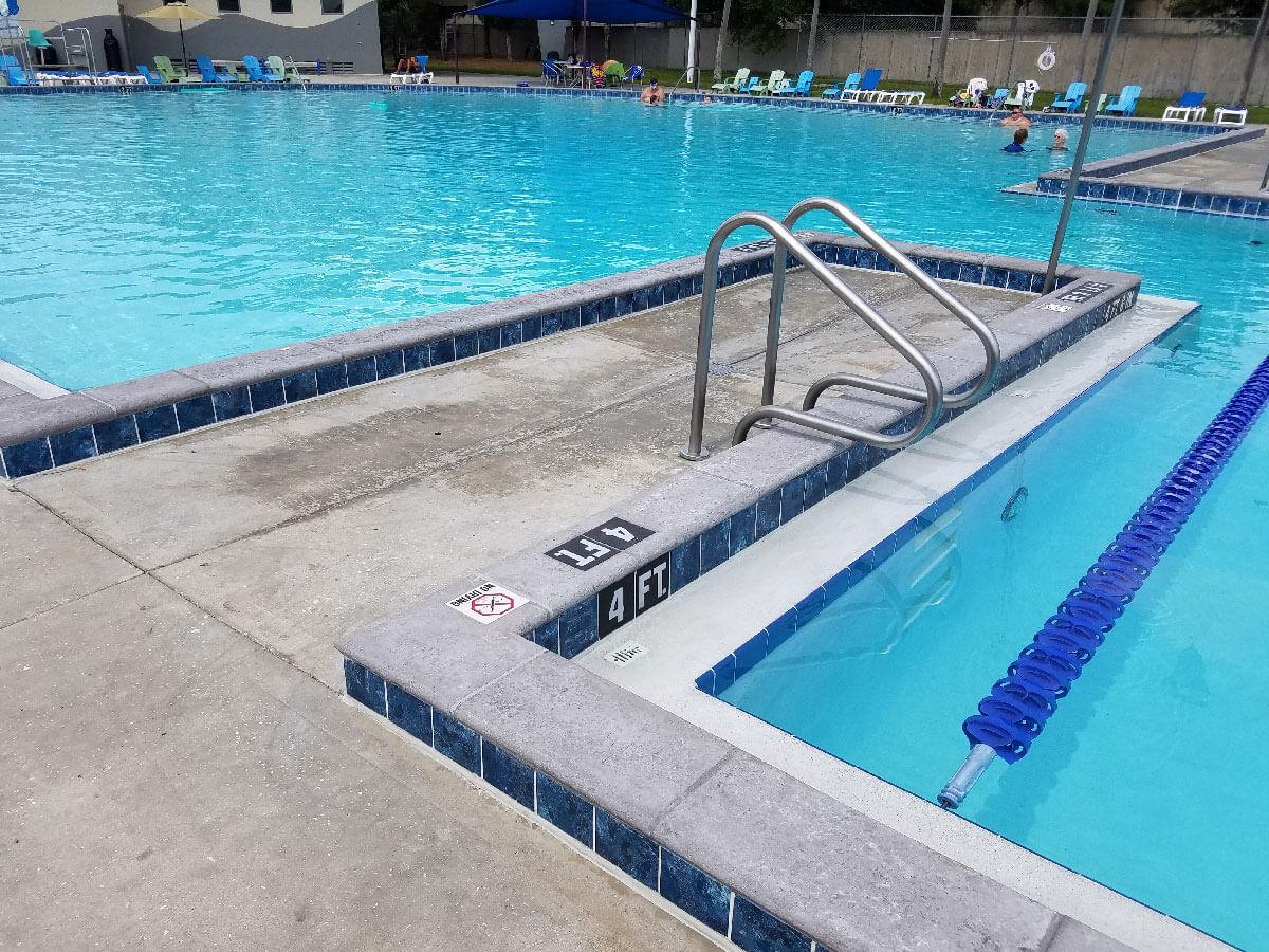 Gandy Lakeland Swimming Pool