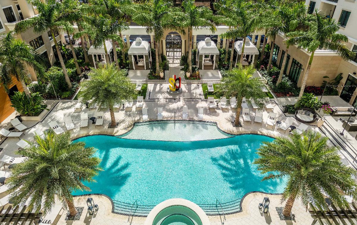 ICON Central Apartments Florida